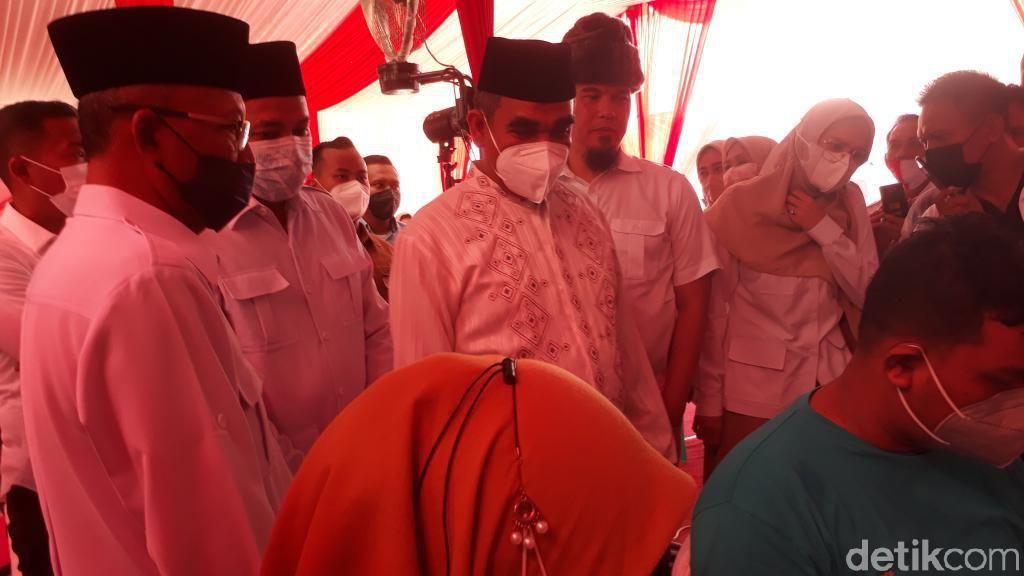 Ahmad Muzani Ajak Dhani dan Mulan Pantau Vaksinasi Massal di Pasuruan