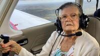 Idap Parkinson, Mantan Pilot Berusa 84 Tahun Ini Terbangkan Pesawat Lagi