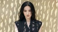 8 Pesona Liu Yifei, Bidadari dari China Saat Pemotretan untuk Louis Vuitton