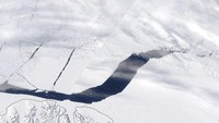 Temuan Lubang Raksasa di Kutub Utara Cemaskan Ilmuwan