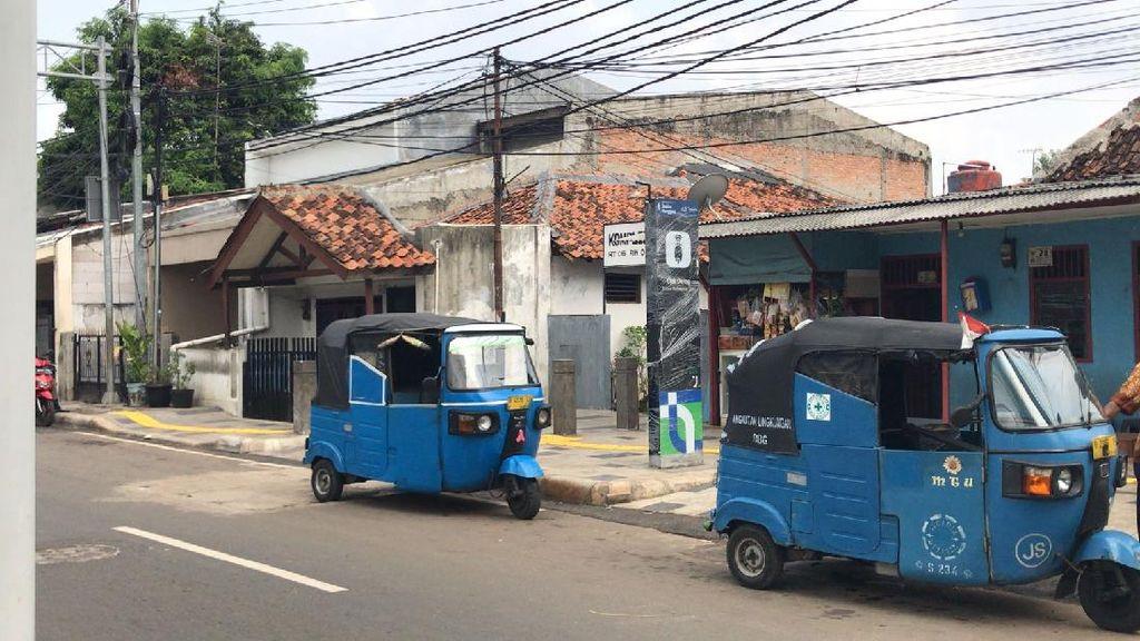 Meski Sudah Jadi, Titik Antar-Jemput Ojol di Stasiun Manggarai Tak Dipakai