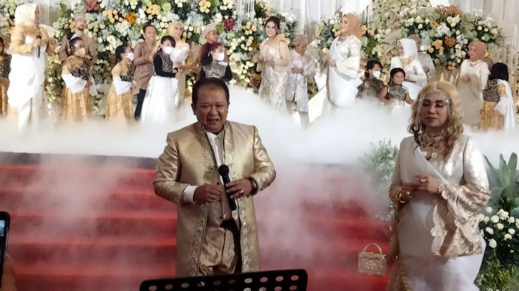Nyanyi-Joget di Pesta Pernikahan Tanpa Masker, Bupati Jember Minta Maaf