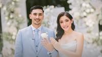 Resmi Menikah, Intip 10 Foto Romantis Jessica Iskandar dan Vincent Verhaag
