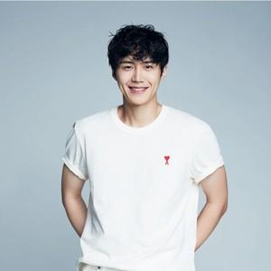 Start Up Menang Seoul Drama Awards, Sutradara Lewatkan Nama Kim Seon Ho?