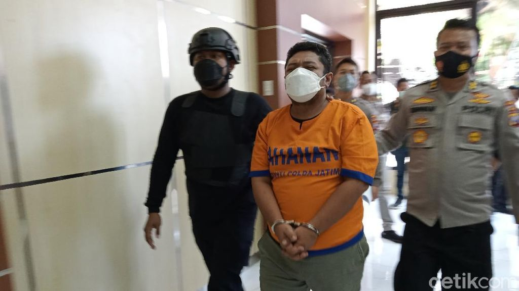 Ngaku Bisa Loloskan Seleksi Akpol, Pria di Surabaya Ini Tipu Korban Rp 2,1 M