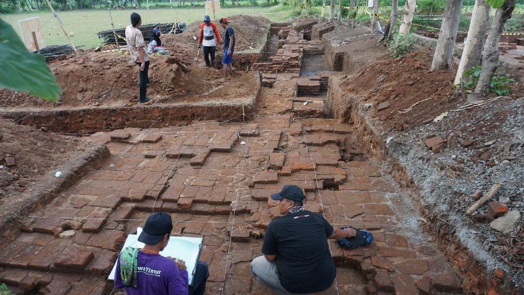 Temuan Baru di Candi Tribhuwana Diyakini Mandapa Pemujaan Zaman Majapahit