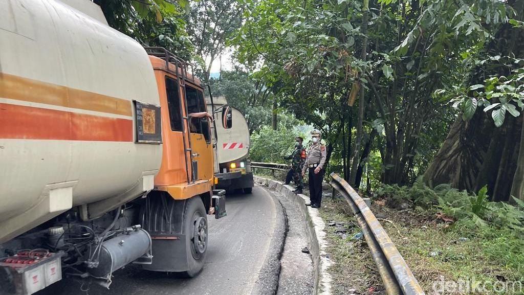 Ada Longsor di Sibolangit Sumut, Polisi Buka-Tutup Lalin Menuju Berastagi