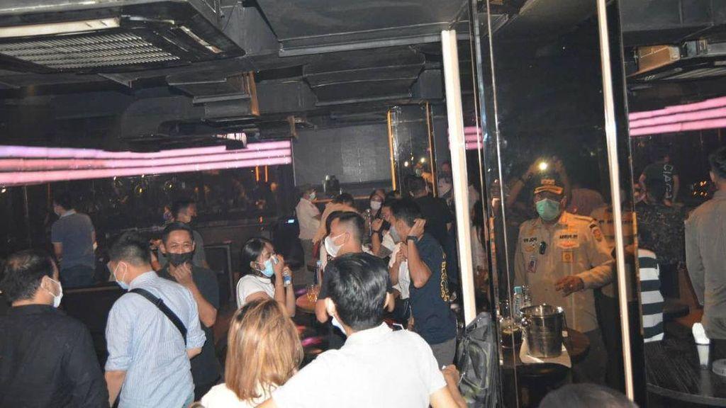 Langgar Jam Operasional-Ada Kerumunan, 5 Bar dan Kafe di PIK Disanksi