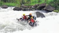 Teriak Sampai Serak, Ini Serunya Main River Tubing di Kebumen!