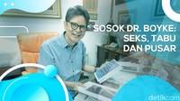 Perjalanan Hidup dr. Boyke dan Kisah Seks Lewat Pusar