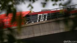 Penjelasan Lengkap INKA Kenapa Kereta LRT Tabrakan saat Uji Coba