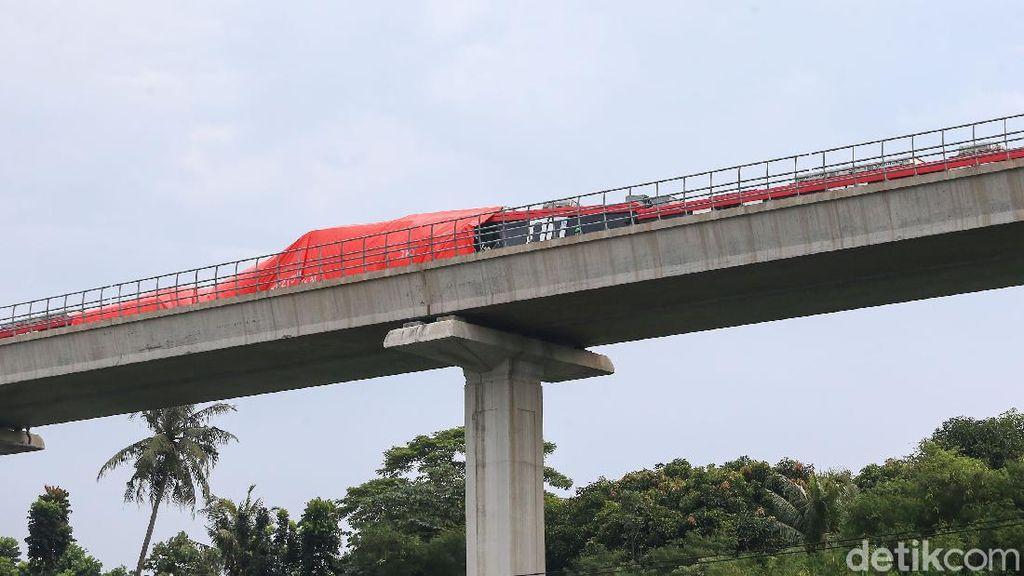 Kemenhub Sayangkan Tabrakan LRT di Cibubur, Imbau INKA Lebih Hati-hati