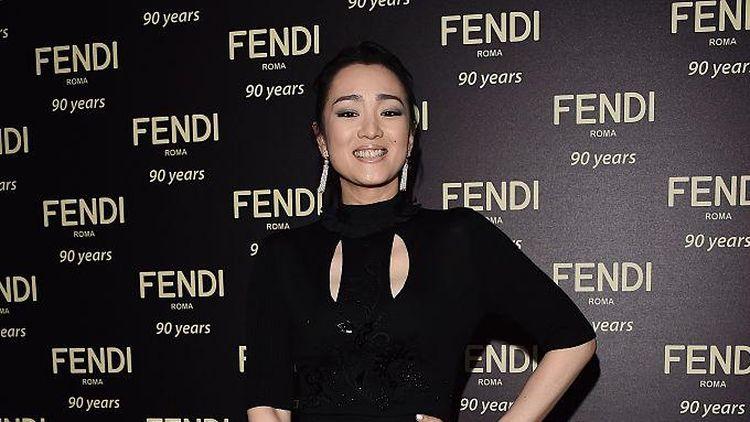 10 Foto Gong Li, Aktris Paling Dibenci di China yang Akan Pindah Warga Negara