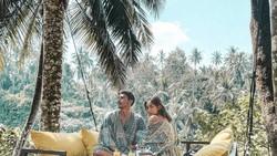 Mesranya Pengantin Baru, Jessica Iskandar dan Vincent Verhaag Saat Makan Bareng