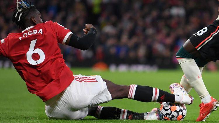 Detik-detik Tekel Horor Paul Pogba
