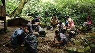 Sampah Celana Dalam di Gunung Sanggabuana Sering Ditemukan Saat Maulid