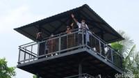 Sandiaga Kunjungi Taman Mangrove Pertama di Papua