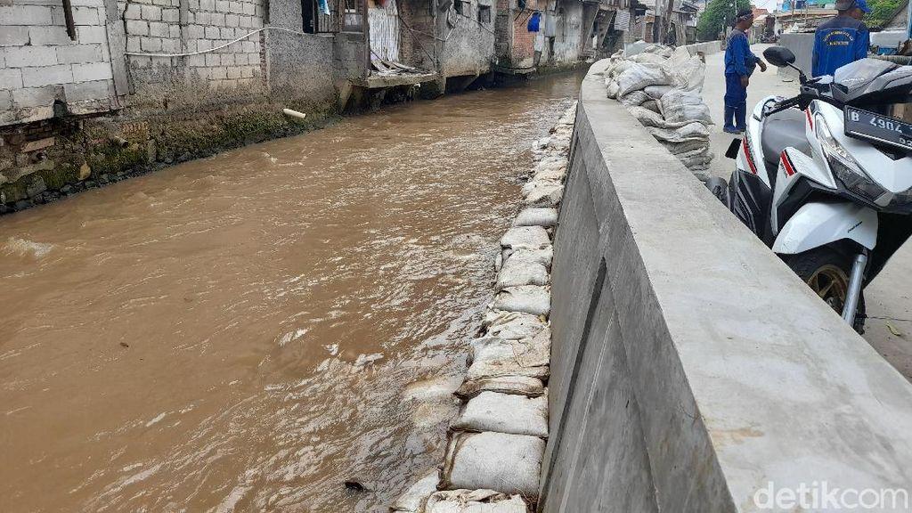 Perbaikan Tanggul Kali Baru di Bulak Rantai Jaktim Sudah Rampung