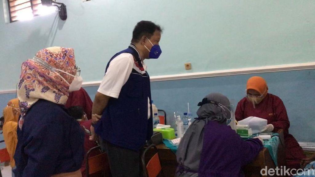 NasDem Gelontor 5.000 Vaksin Sinovac untuk Warga Ponorogo