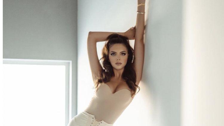 10 Foto Model Cantik Kosovo Bisa 6 Bahasa Jadi Finalis Miss Universe Arab