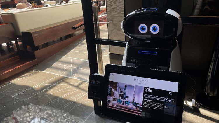 Keren! Hotel Ini Hadirkan Robot Cerdas Sebagai Lobby Ambassador
