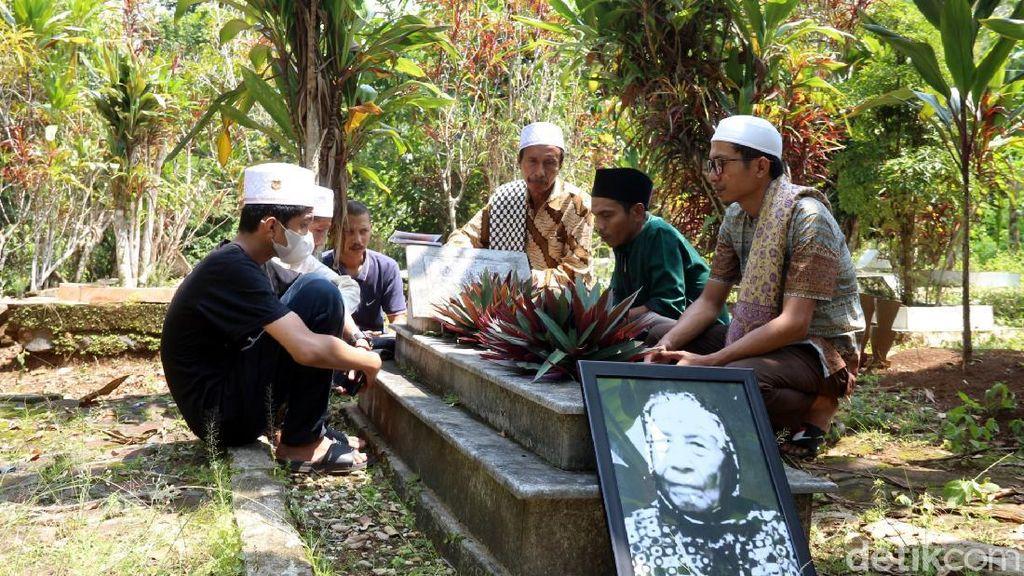 Melegenda, Makam Mak Erot di Sukabumi Kerap Diziarahi Mantan Pasien