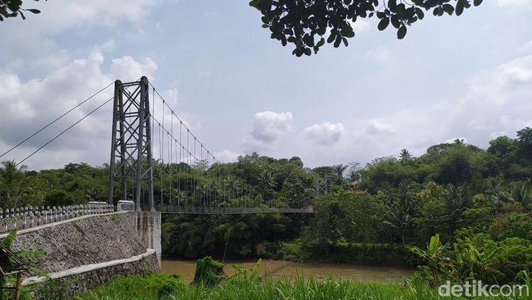 Foto: Viral Jembatan Sirotol Mustaqim di Magelang