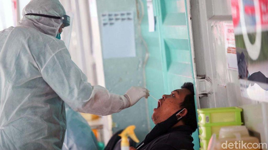 Tes PCR Jadi Syarat Terbang, Epidemiolog UGM: Langkah Sia-sia