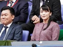 Potret Putri Mako yang Lepas Status Kerajaan Demi Menikahi Pria Biasa