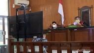 Diduga Telantarkan Istri, Pria Taiwan Disidang di PN Karawang