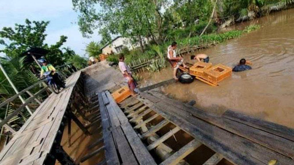 Tolong! Kondisi Jembatan di Riau Ini Memprihatinkan-Bahayakan Warga