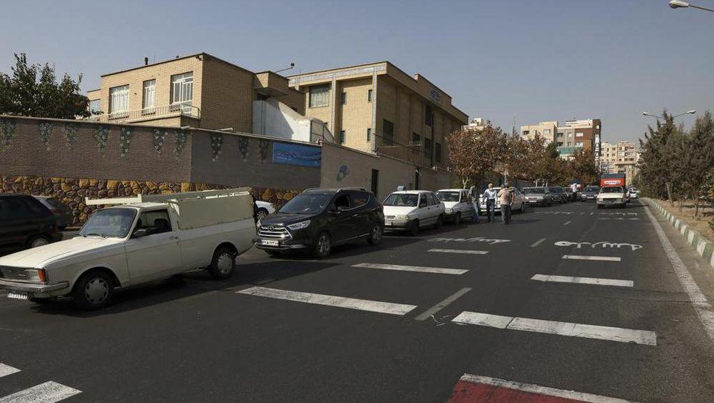 Serangan Siber Lumpuhkan Pom Bensin di Iran, Picu Antrean Panjang