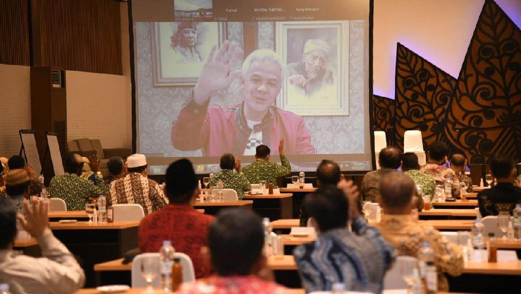 Buka Musda Papdesi Jateng, Ganjar ke Kades: Jaga Integritas & Kejujuran