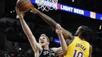 Hasil NBA Hari Ini: Tanpa LeBron James, Lakers Tundukkan Spurs