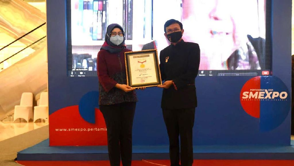 Berdayakan UMKM Wanita Lewat Toko Digital, Pertamina Raih Rekor MURI