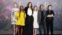 Anak Pakai Baju Lama Angelina Jolie Lagi di Premier Eternals, Tuai Pujian