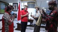 Ganjar Pranowo Ultah ke-53, Dapat Hadiah dan Sempat Trending Twitter
