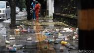 Hujan Reda, Jalan Tergenang dan Sampah Berserakan