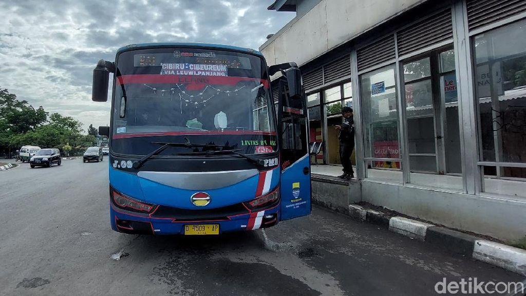 Warga Bandung Mengeluh Damri Setop Beroperasi