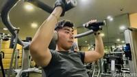 Mendadak Jadi Anak Gym, Roy Kiyoshi Terinspirasi Deddy Corbuzier