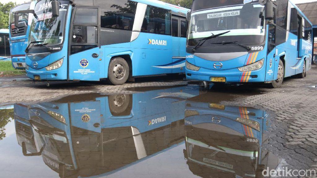 Nostalgia Warga Naik Bus Damri Bandung: Teman Kuliah-Diisengi Pedagang