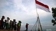 Sumpah Pemuda, Bendera Raksasa Dikibarkan di Pegunungan Patiayam