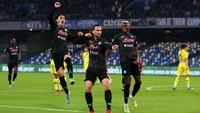 Napoli Vs Bologna: Partenopei Menang 3-0, Rebut Capolista