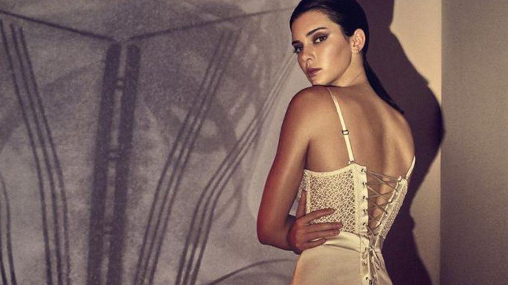 Kendall Jenner Disebut Sebagai Wanita Tercantik di Dunia