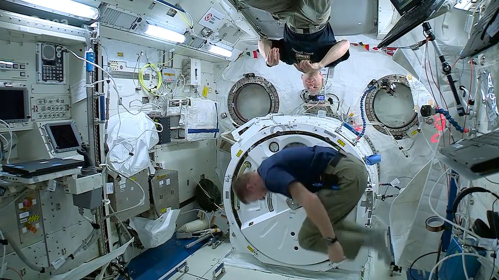 Begini Cara Mengobati Astronot yang Kena Serangan Jantung