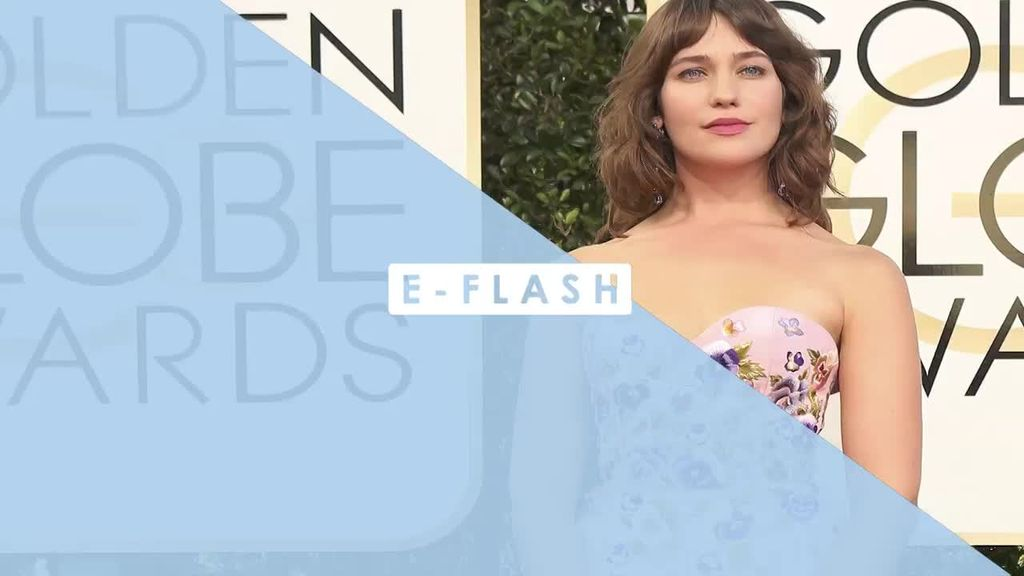 Duh! Aktris Ini Pamer Bulu Ketiak di Golden Globes 2017
