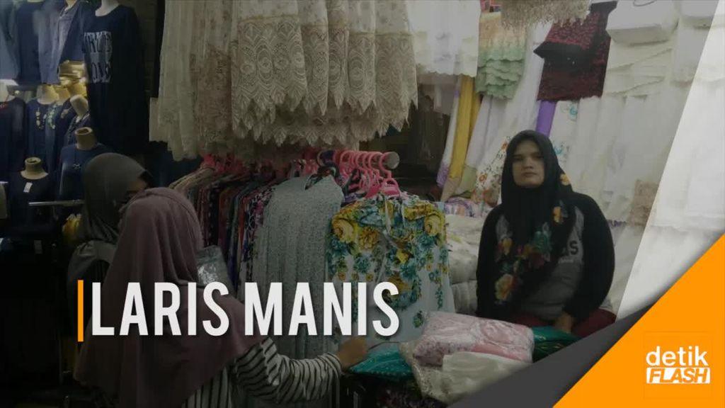 Busana Muslim Diburu di Tanah Abang