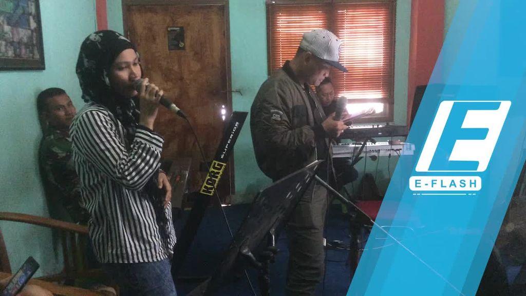 Persiapan Session Band yang Akan Tampil di Ngunduh Mantu Kahiyang-Bobby