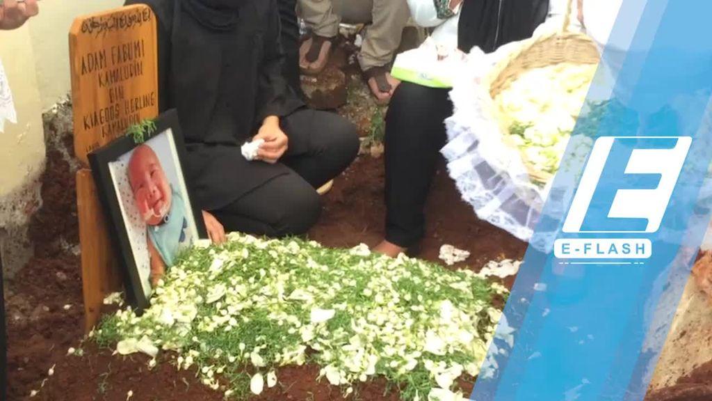 Harunya Pemakaman Adam Fabumi