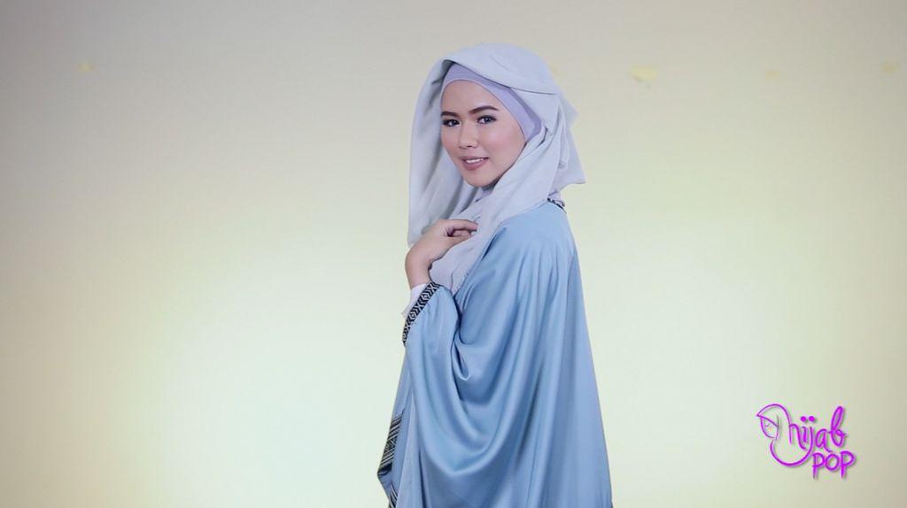 Hijab Style: Hijab Aksen Layer untuk Acara Formal